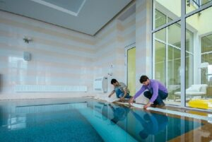 Обслуживание и уход за бассейном в СПб